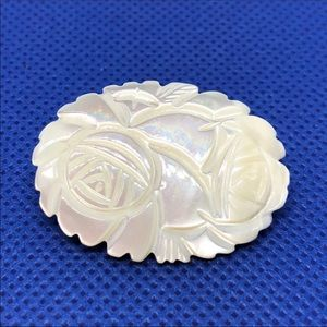 🆕Vintage Carved Mother of Pearl Rose Pin